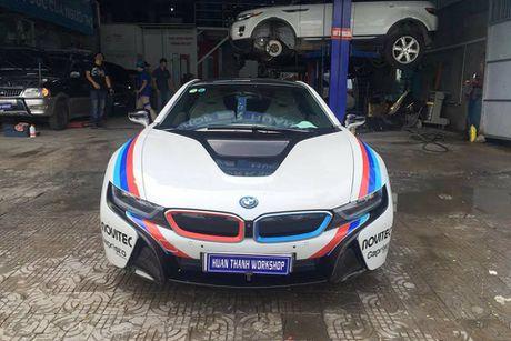 Dan choi Da Nang do tem dau cho sieu xe BMW i8 - Anh 3