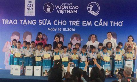 Quy sua Vuon cao Viet Nam trao tang sua cho tre em Can Tho - Anh 1