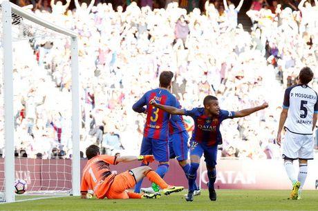 Messi lap ky luc ngay tai xuat, La Liga ngap mua ban thang - Anh 1