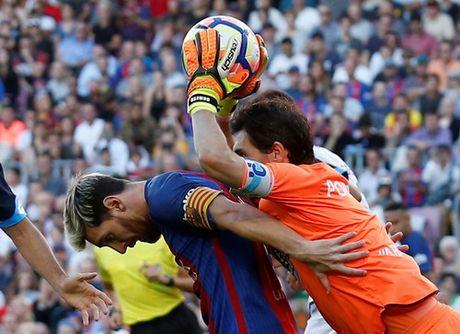 Messi lap ky luc ngay tai xuat, La Liga ngap mua ban thang - Anh 3