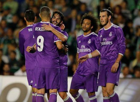 Messi lap ky luc ngay tai xuat, La Liga ngap mua ban thang - Anh 4