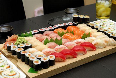 Nguoi Nhat chua bao gio sang tao ra sushi ca hoi - Anh 3