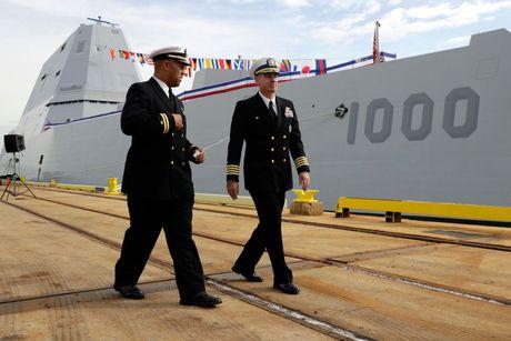Can canh 'chien ham sieu tuong' USS Zumwalt vua gia nhap Hai quan My - Anh 22