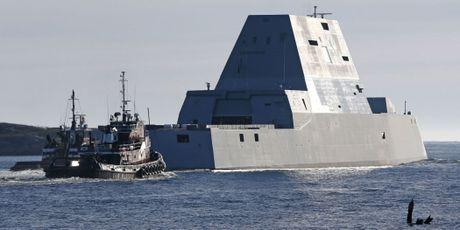 Can canh 'chien ham sieu tuong' USS Zumwalt vua gia nhap Hai quan My - Anh 4