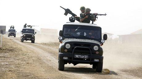 Nga 'xuat' vu khi moi giup Syria chong khung bo - Anh 1