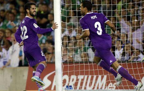 "Real thang dam, Zidane mung vi Ronaldo ""giai han"" - Anh 2"