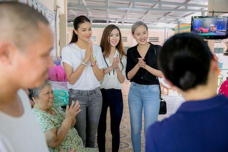 Khanh Ngan: 'Toi khong muon cu bi gan voi ten Pham Huong' - Anh 2