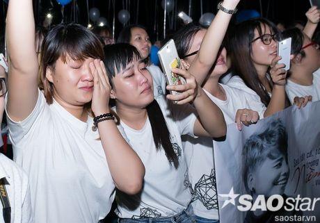 Team Vu Cat Tuong rot nuoc mat xuc dong truoc tinh cam dac biet cua fan - Anh 15