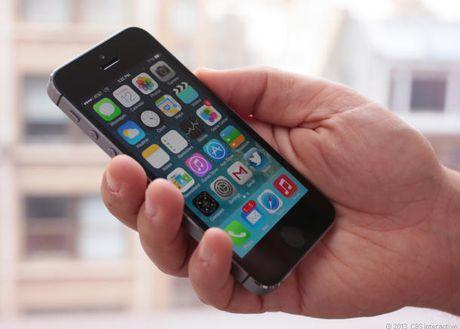 Apple khai tu iPhone 4, MacBook doi cu cuoi thang nay - Anh 1