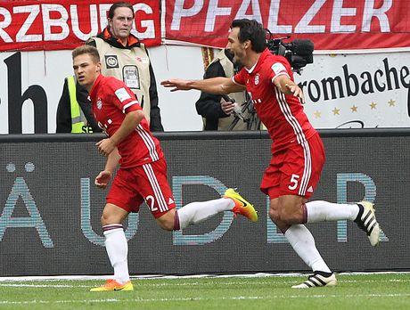 Mueller do mau, Bayern hoa tran thu hai lien tiep - Anh 9