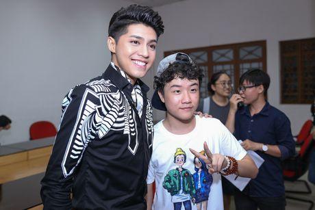 Huan luyen vien The Voice Kids hoi hop trong dem ban ket - Anh 1