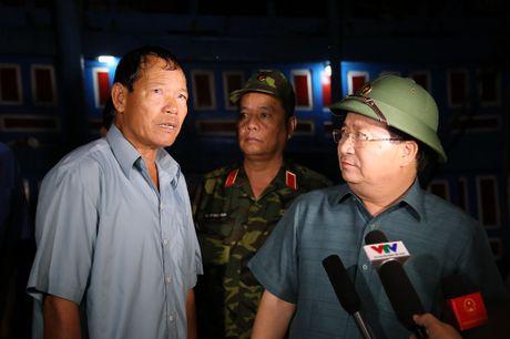 Pho thu tuong: 'Khong de gia dinh nao thieu an sau mua lu' - Anh 1
