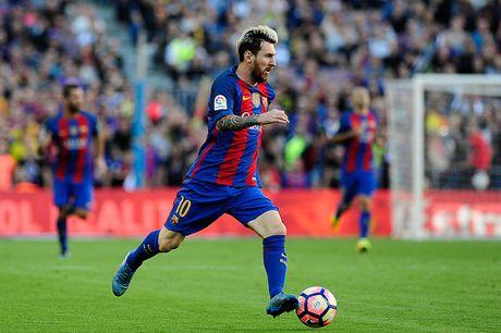 Chi 3 phut, Messi khien Pep phai lo so - Anh 3