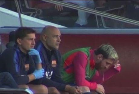 Messi non khan ngay tren ghe du bi - Anh 1