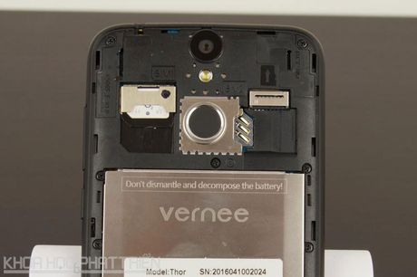 Can canh smartphone cam bien van tay, RAM 3 GB, gia sieu re - Anh 25