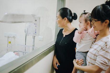 Duong Cam Lynh sinh con trai dau long cho chong dai gia - Anh 8