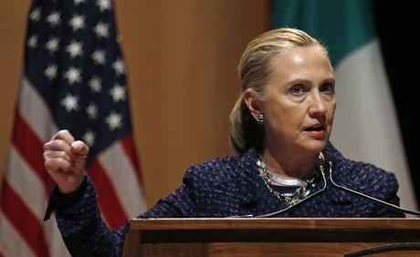 Email bi ro ri moi nhat cua ba Clinton tiet lo bi mat 'rung dong' gi? - Anh 2