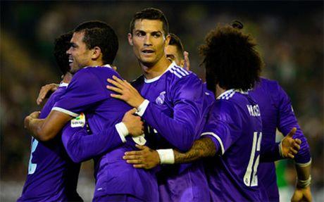 Ronaldo ghi ban, Real thang 6-1 truoc Betis - Anh 1