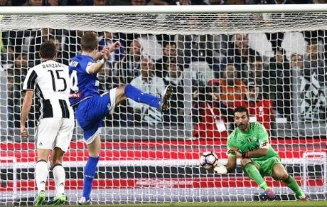 Dybala toa sang, Juventus loi nguoc dong truoc Udinese - Anh 3