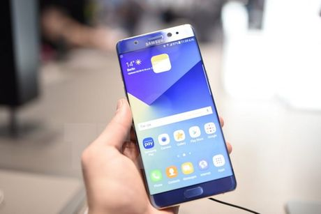 Vietnam Airlines tu choi van chuyen dien thoai Samsung Galaxy Note 7 - Anh 1