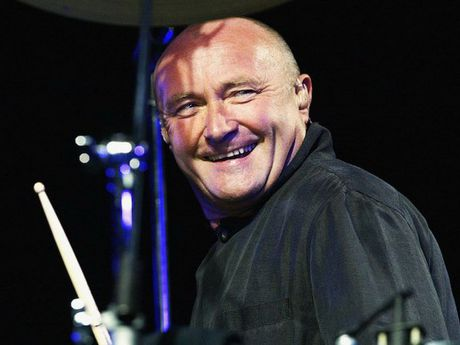 Danh ca Phil Collins tai xuat trong chuyen luu dien chau Au - Anh 1