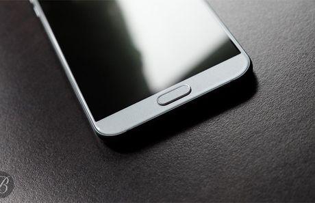Tren tay Samsung Galaxy A8 (2016) gia 13 trieu dong - Anh 7