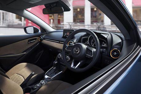Mazda 2 va CX-3 phien ban 2017 chinh thuc ra mat - Anh 4