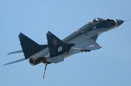 Top may bay chien dau Nga khien NATO 'soc oc' - Anh 6