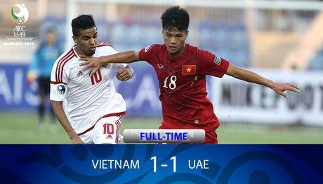 Clip: Trong tai ngan U19 Viet Nam thang UAE - Anh 1