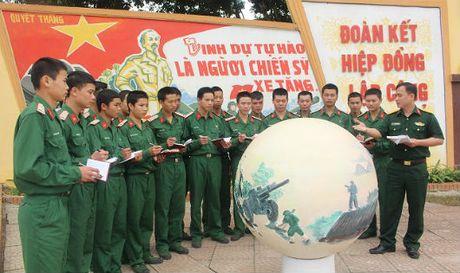 Chuyen 'hoc su' cua bo doi xe tang - Anh 1