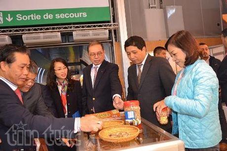 Viet Nam tham gia Hoi cho quoc te Cong nghiep thuc pham Paris - Anh 1