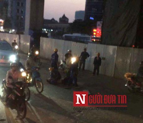 Nguyen nhan cong nhan roi tu duong sat Cat Linh-Ha Dong xuong duong - Anh 1