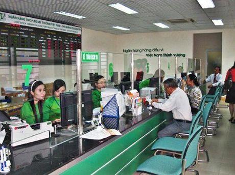 Vietcombank loi nhuan tang vot 33,4% - Anh 1