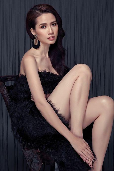 Phan Thi Mo tung bo anh sexy sau khi duoc ban trai tang nhan tien ti - Anh 3