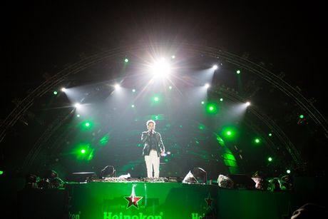 Tuan Hung miet mai chay show de kiem tien mua sua cho con - Anh 6