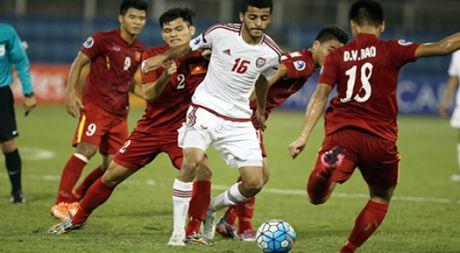 Hoa U.19 UAE 1-1, U.19 VN rong duong vao tu ket - Anh 1