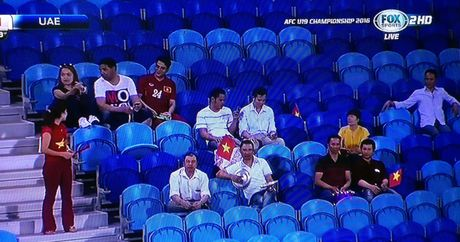 Hoa U.19 UAE 1-1, U.19 VN rong duong vao tu ket - Anh 3