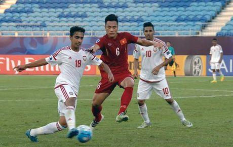 Hoa U.19 UAE 1-1, U.19 VN rong duong vao tu ket - Anh 4