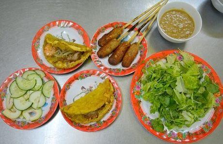 Quan banh khoai 'khong loi' 40 nam dat khach xu Hue - Anh 1
