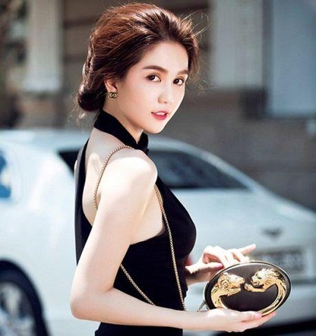 Ngoc Trinh gui Phan Anh 150 trieu ung ho mien Trung lu lut - Anh 1