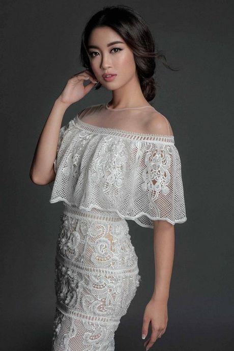 Angela Phuong Trinh dien mot khong noi y ben Hoa hau My Linh - Anh 1