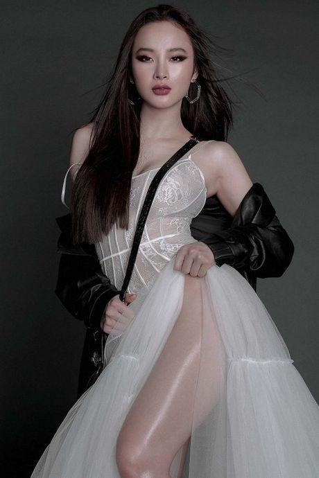 Angela Phuong Trinh dien mot khong noi y ben Hoa hau My Linh - Anh 2