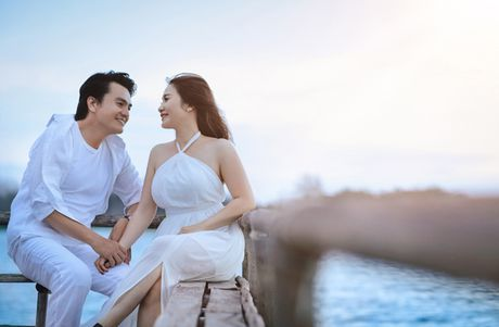 Cao Minh Dat khoe anh cuoi o Ho Coc - Anh 9