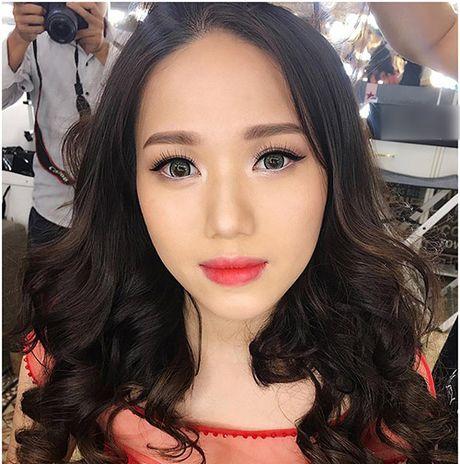 Sau khi 'lot xac', Thuy Chi hat 'Chua bao gio' gay sot - Anh 2