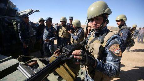 Iraq bat dau chien dich giai phong Mosul tu tay IS - Anh 2