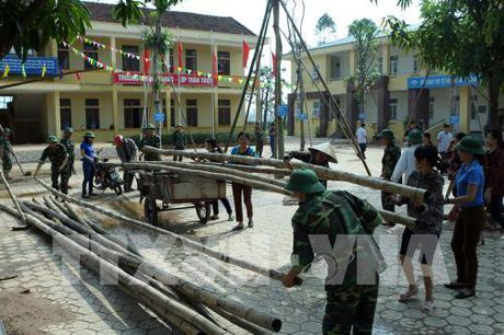 Hon 300 truong tai Ha Tinh phai cho hoc sinh nghi hoc do mua lu - Anh 2