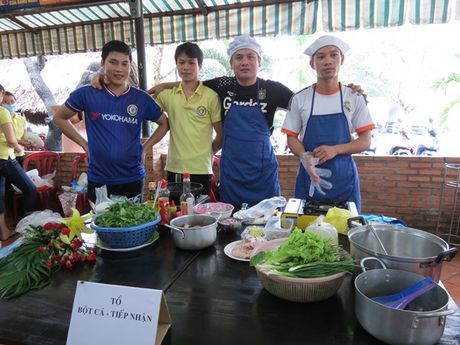 Anh chi em tro tai vao bep nhan ngay Phu nu Viet Nam - Anh 8