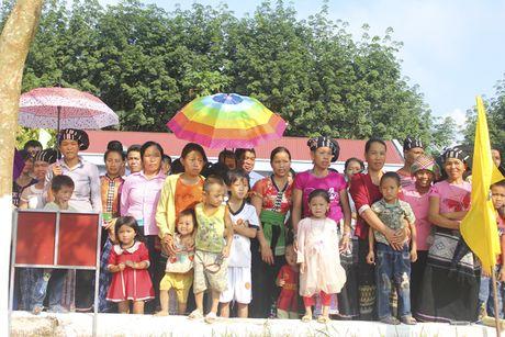 Chinh thuc khai thac 'vang trang' tai Lai Chau - Anh 6