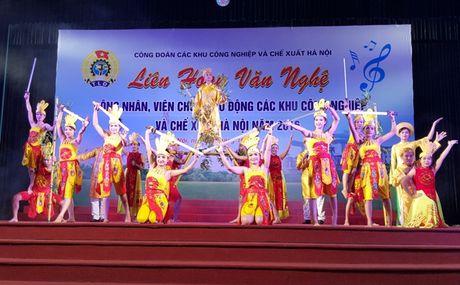 Gan 500 CNVCLD tham gia bieu dien tai Lien hoan van nghe CNVCLD cac KCN - CX Ha Noi nam 2016 - Anh 3