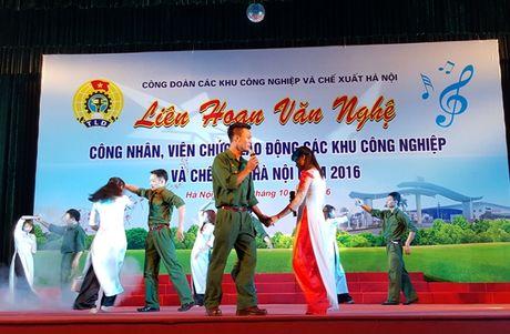 Gan 500 CNVCLD tham gia bieu dien tai Lien hoan van nghe CNVCLD cac KCN - CX Ha Noi nam 2016 - Anh 4